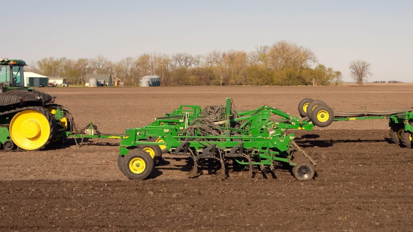John Deere 1830 Product Photo