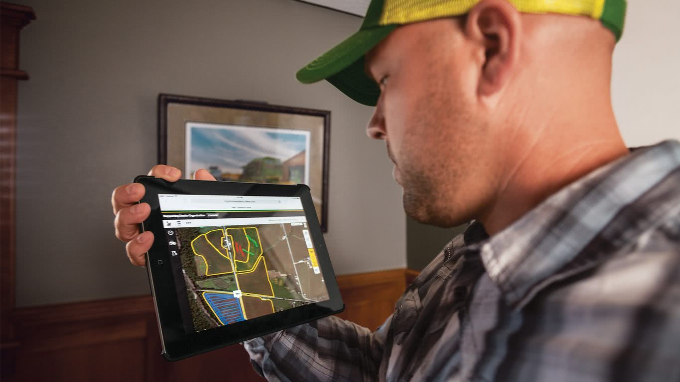 John Deere Operations Center Product Photo